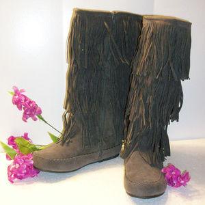 ❄️HP❄️PIERRE DUMAS Knee High Fringe Boots Gray NEW